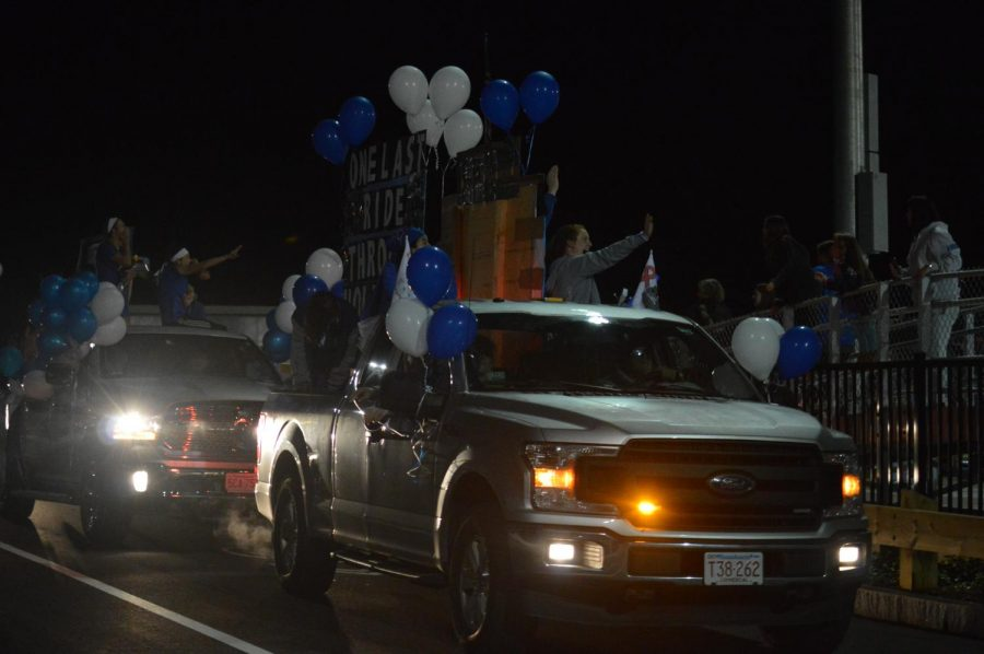 Here comes the high schoolers with all of their creative ideas on their floats.