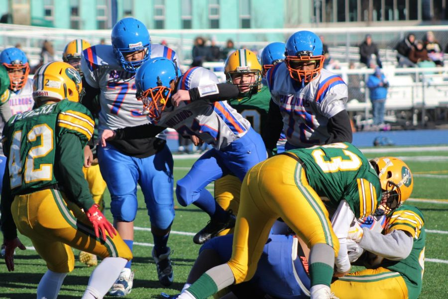 South Shore players swarm the ball
