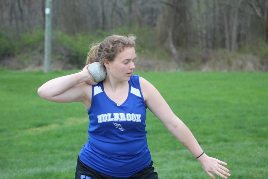 Maddy Connor preprares to throw in shot put
