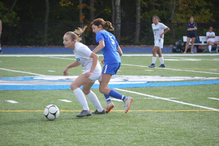 Ruby Ambroult tries to get the ball.