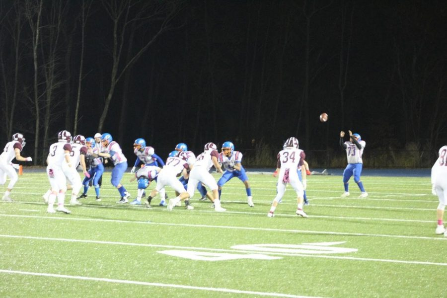 Tyrone Duran goes to catch the ball.
