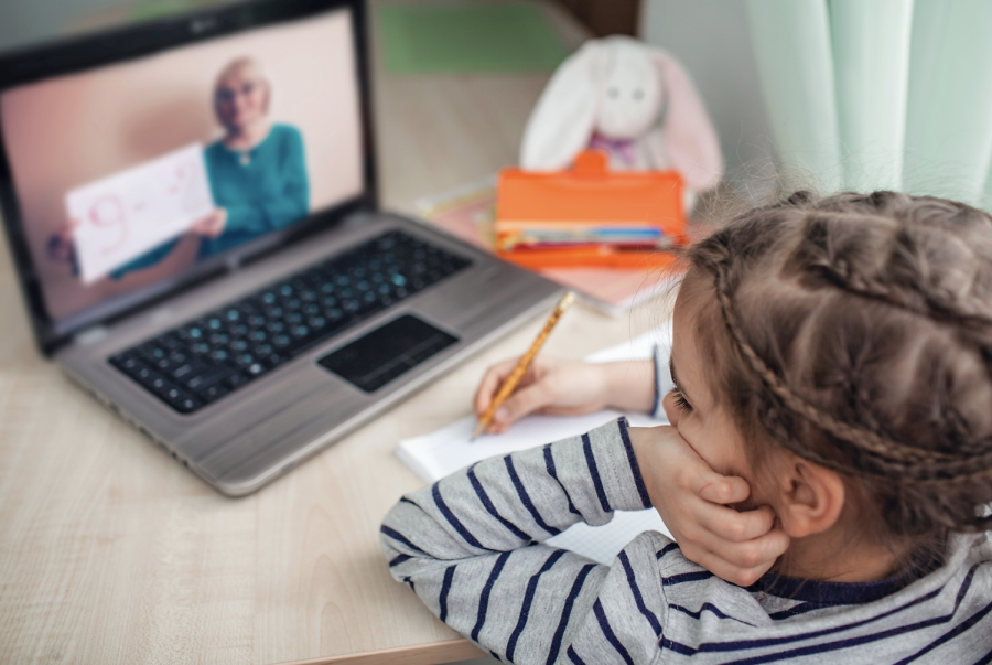 Children don't tend to have a large attention span. This will lead them to doze off when it comes to virtual learning.