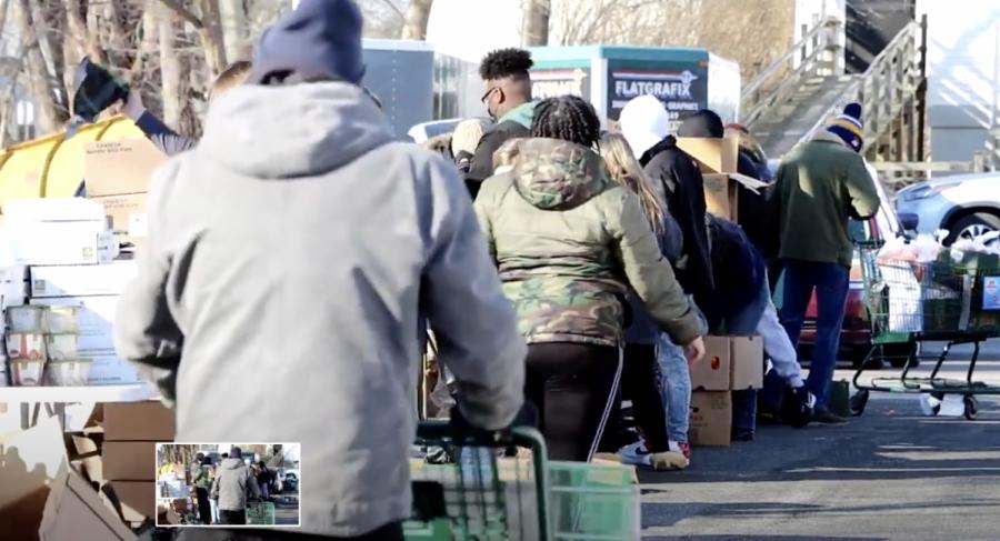 Holbrook+Food+Pantry+on+distribution+day
